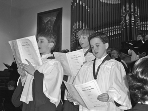 Three Small Boys sing Saint Nicolas